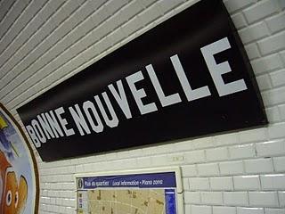 Metro_Paris_-_Ligne_8_-_Station_Bonne_Nouvelle_-1-