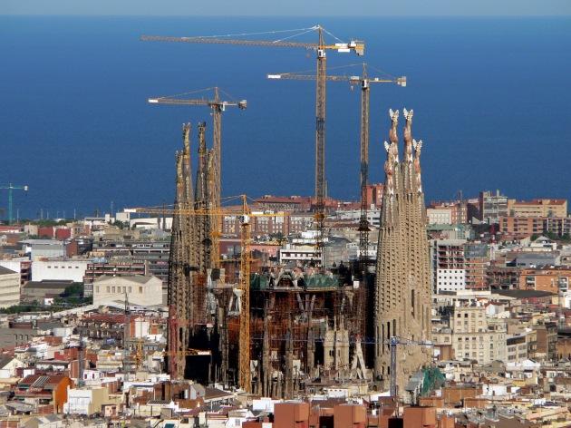 Vista_de_la_Sagrada_Família_des_del_Parc_Güell_el_2008