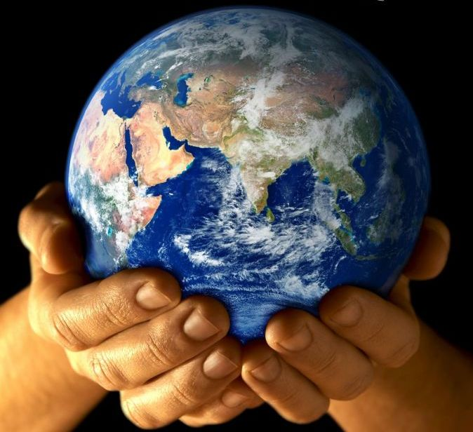 planete-terre,-mains-162600
